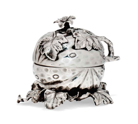 A VICTORIAN SILVER NOVELTY TUR