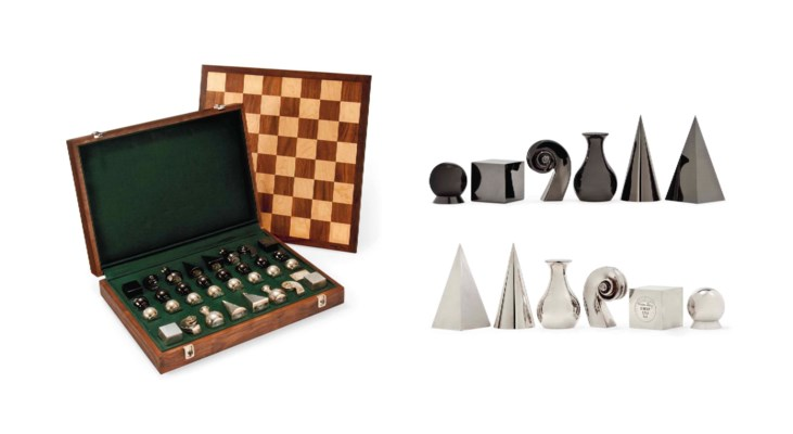 A SILVER MAN RAY CHESS SET