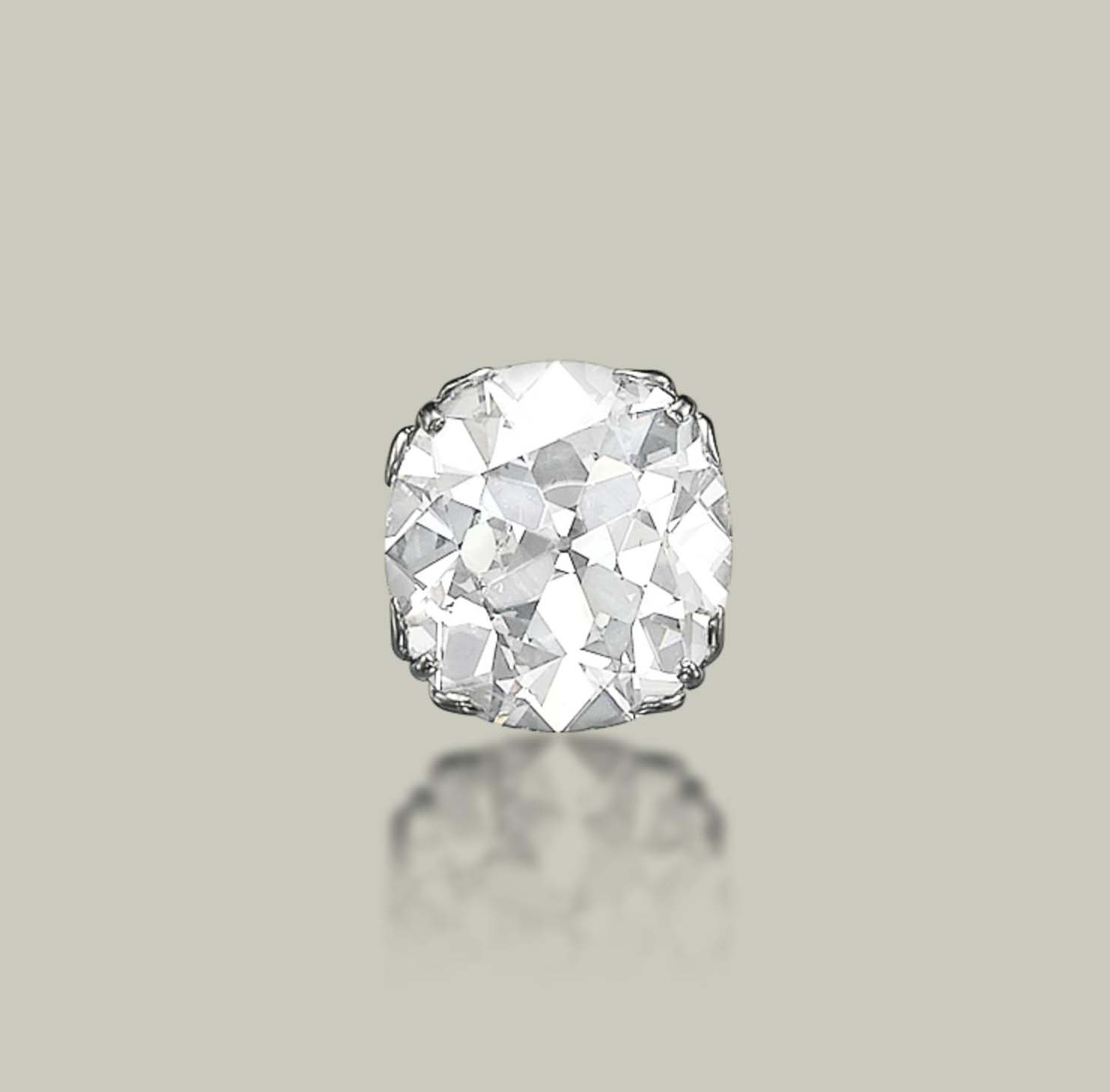 AN EXCEPTIONAL DIAMOND RING, BY CHAUMET