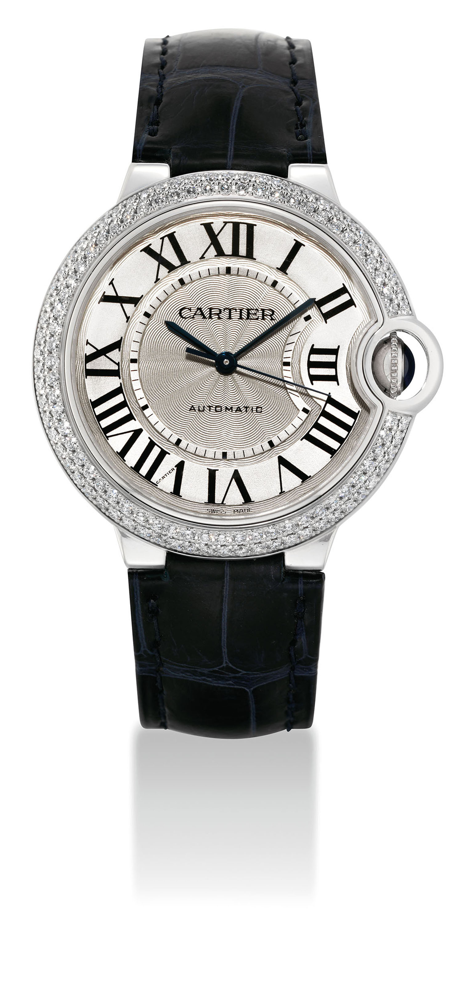 CARTIER. A FINE 18K WHITE GOLD AND DIAMOND-SET AUTOMATIC WRISTWATCH WITH SWEEP CENTRE SECONDS