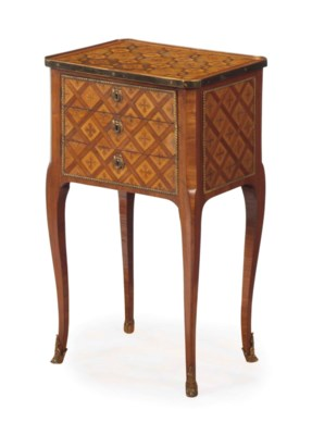 A FRENCH MAHOGANY, AMARANTH AN