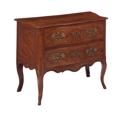 A LOUIS XV PROVINCIAL MAPLE AN