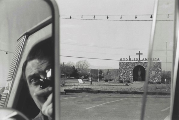 LEE FRIEDLANDER (B. 1934)