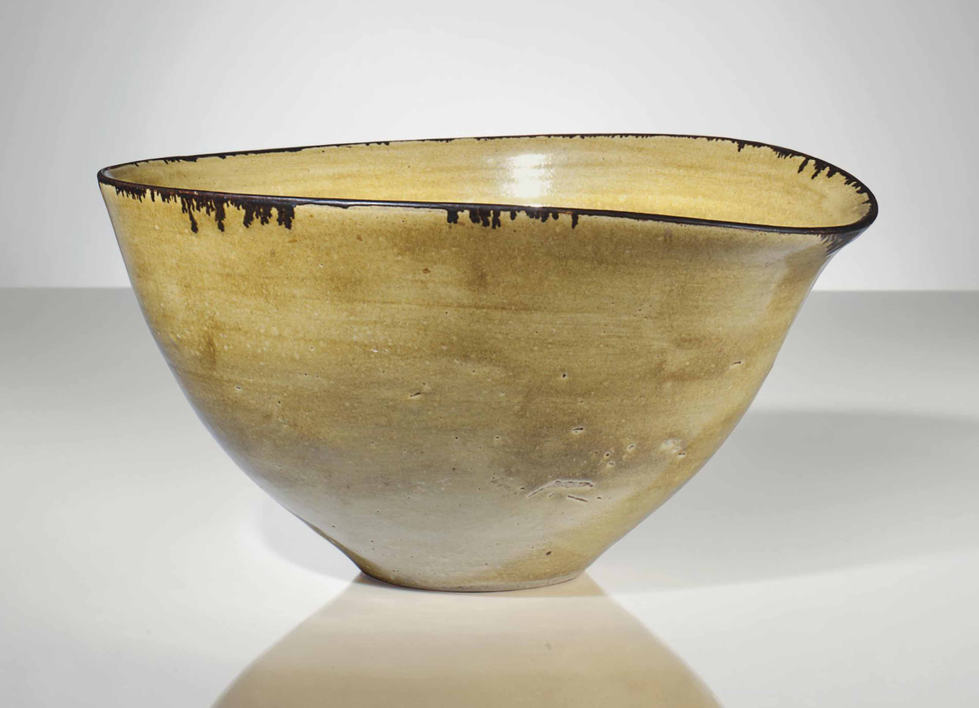 LUCIE RIE (1902-1995)