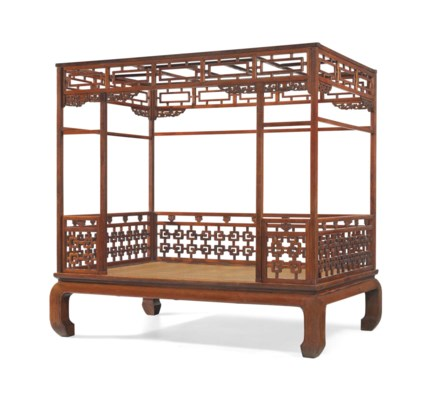 A HUALI SIX-POSTER CANOPY BED,