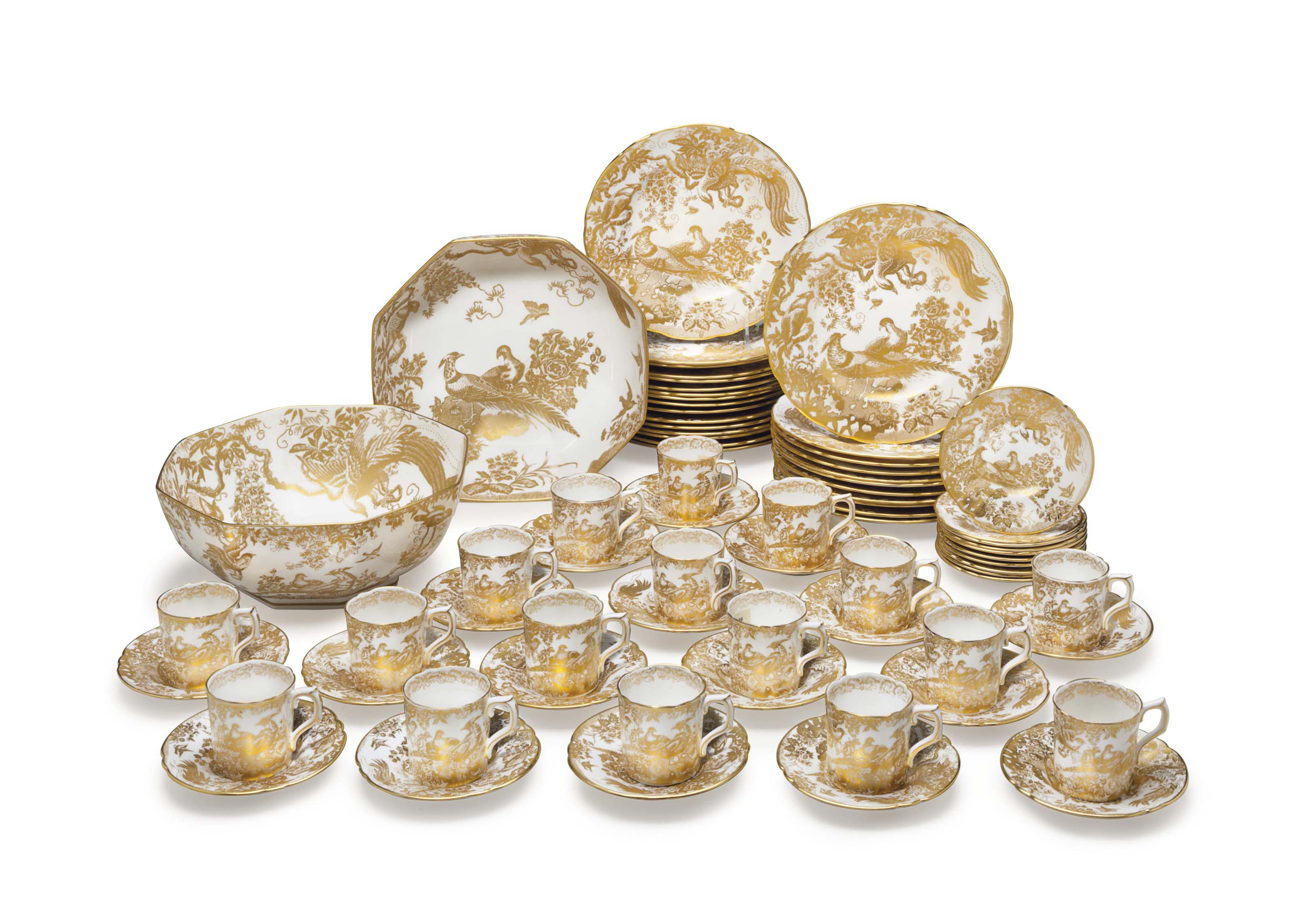 A ROYAL CROWN DERBY PORCELAIN DESSERT SERVICE IN THE 'GOLD AVES' PATTERN