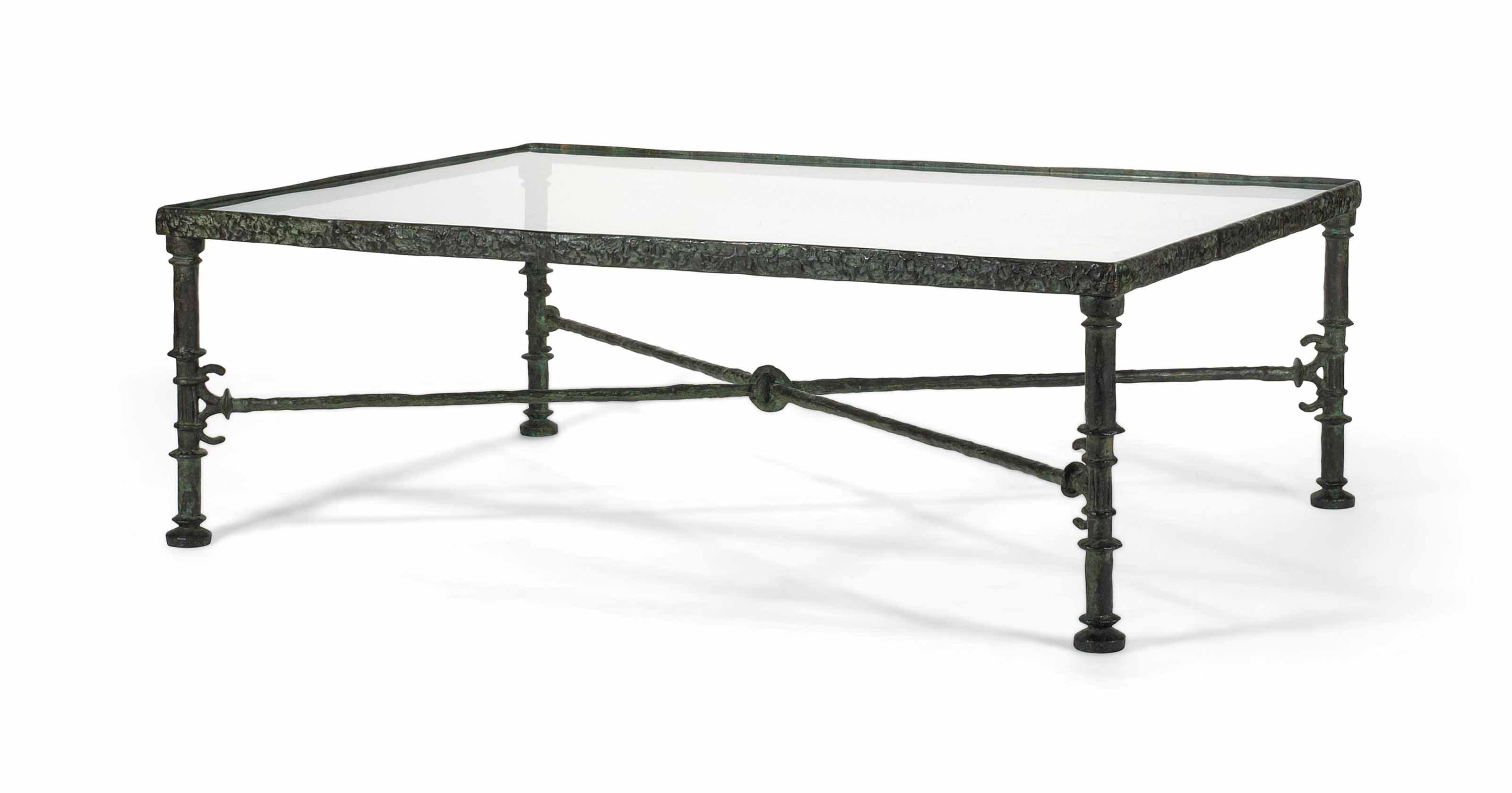 Table grecque rectangulaire