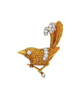 A DIAMOND-SET BIRD BROOCH, BY