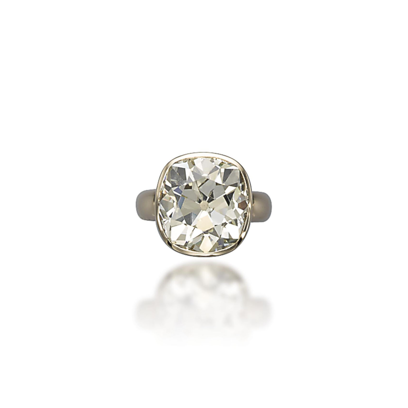 A DIAMOND RING, BY VHERNIER