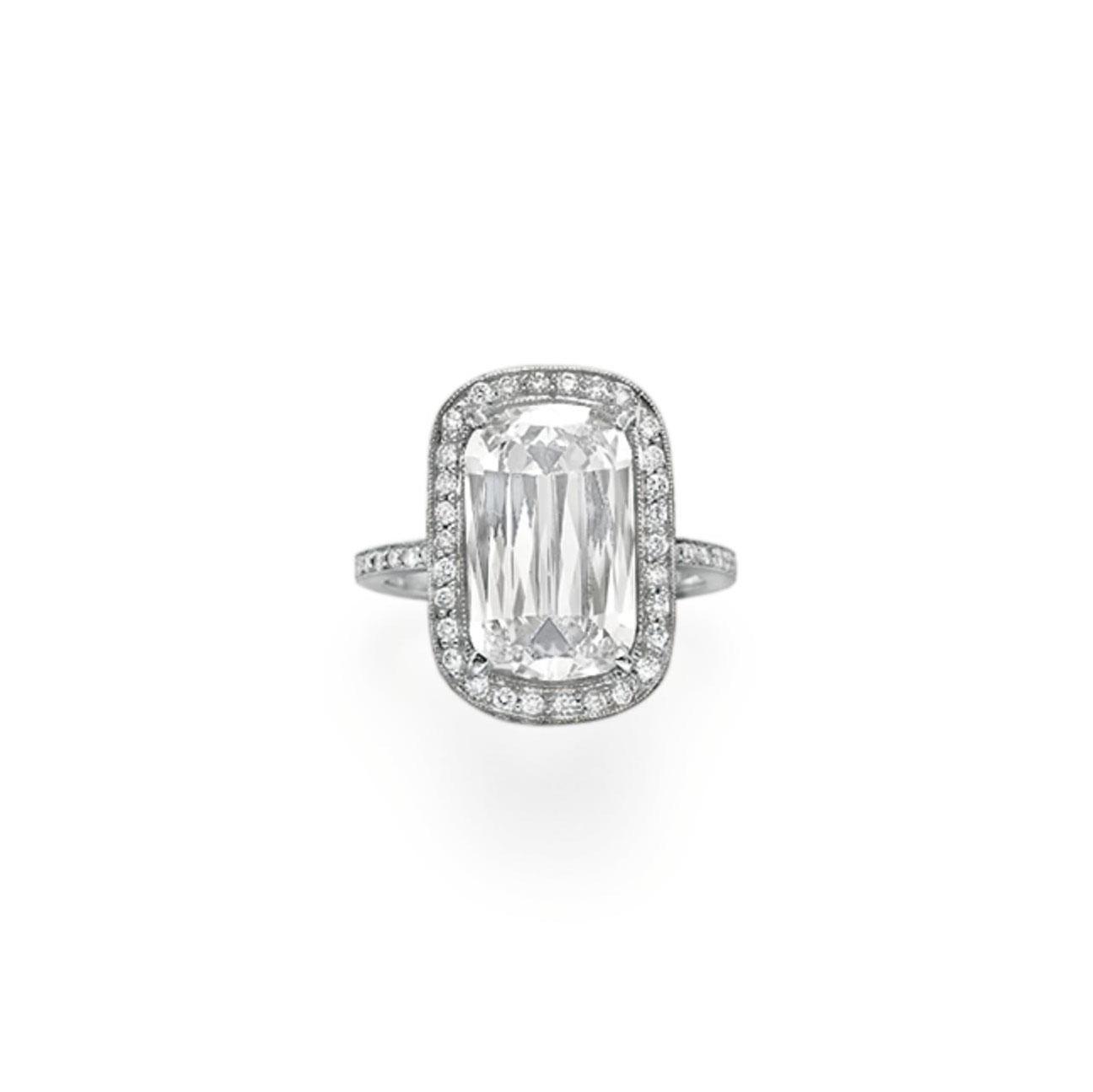 A DIAMOND RING, BY WILLIAM GOLDBERG