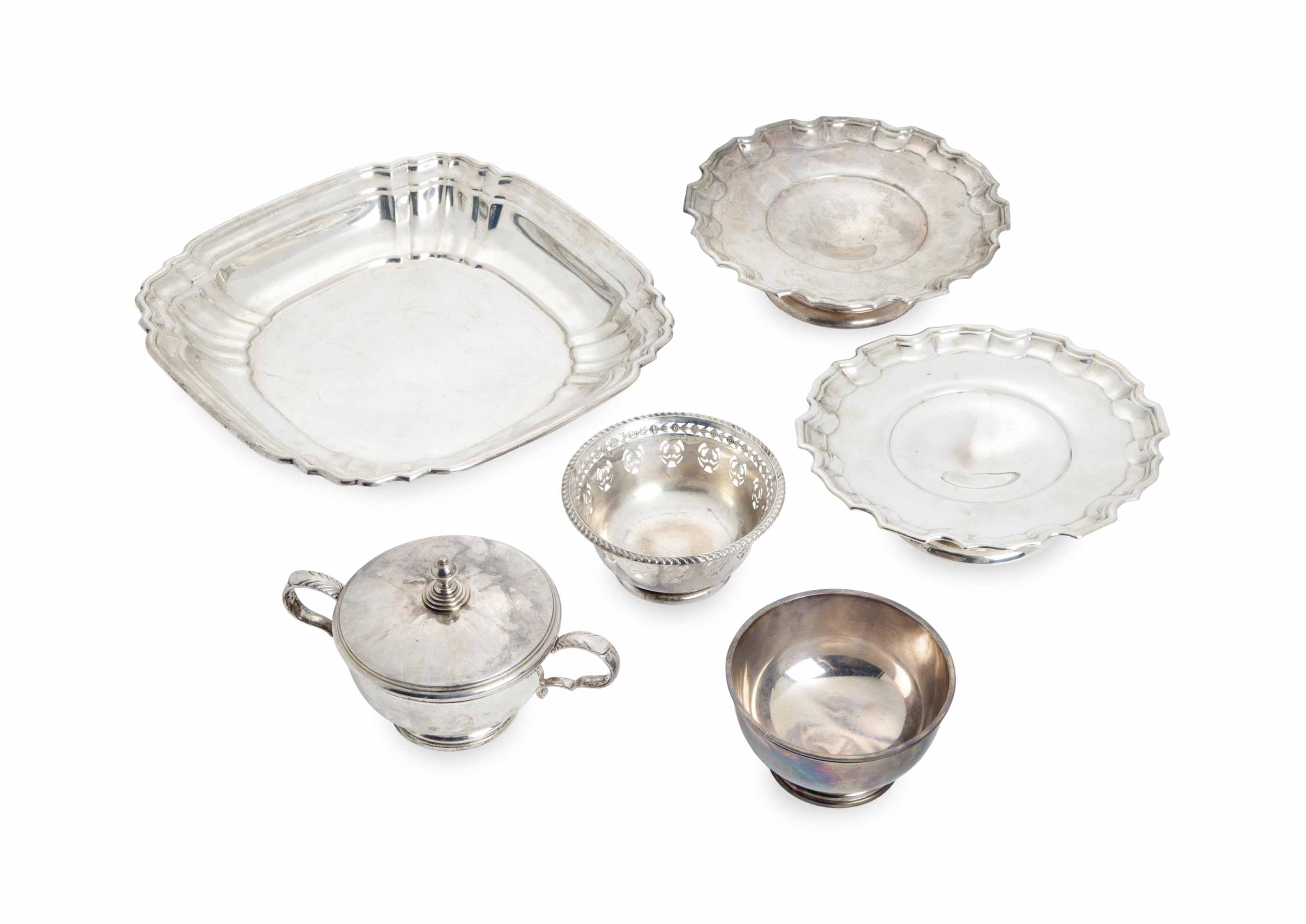 A GROUP OF FRENCH AND AMERICAN SILVER TABLE SERVING WARES,