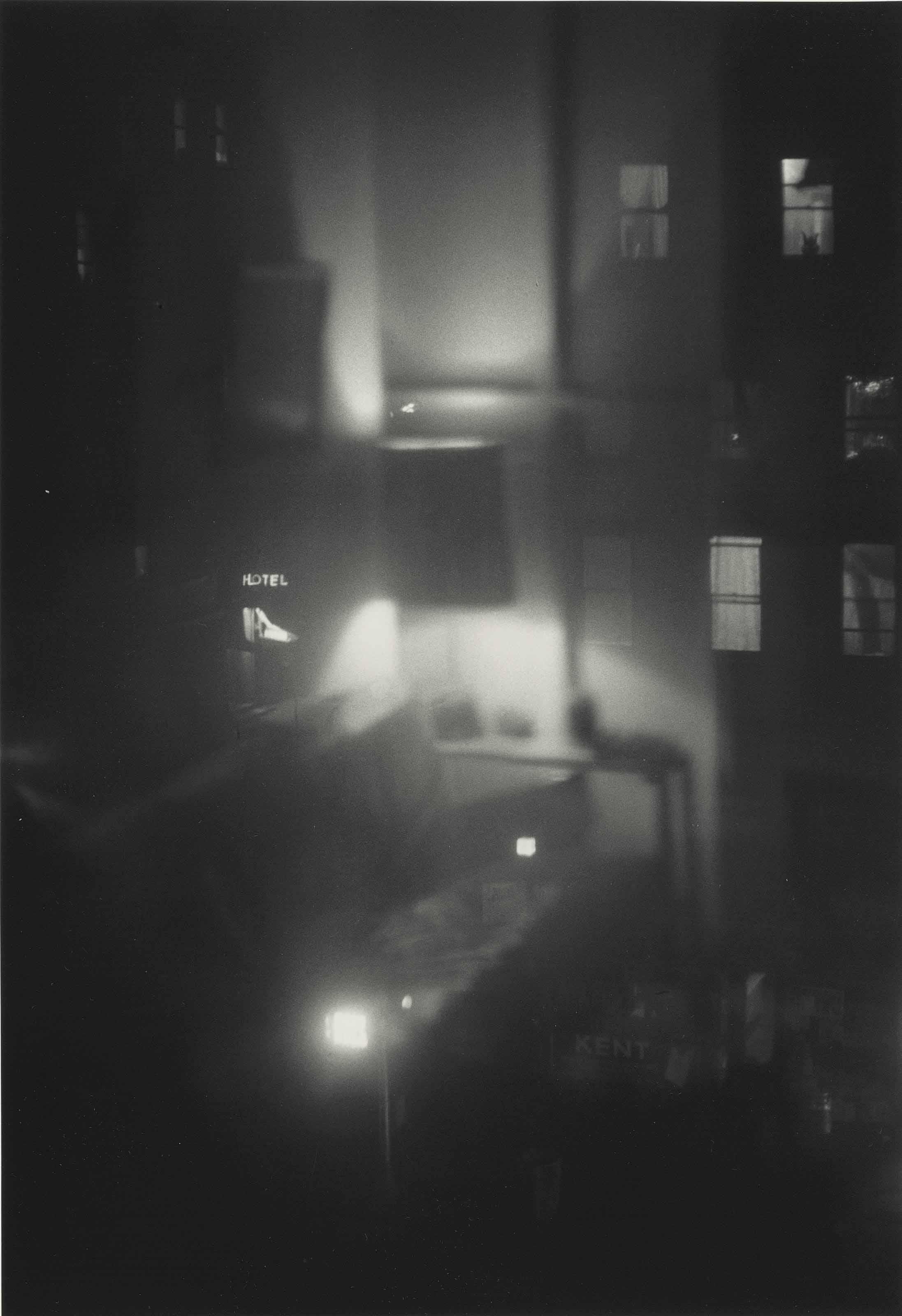 Hotel, New York, 1962