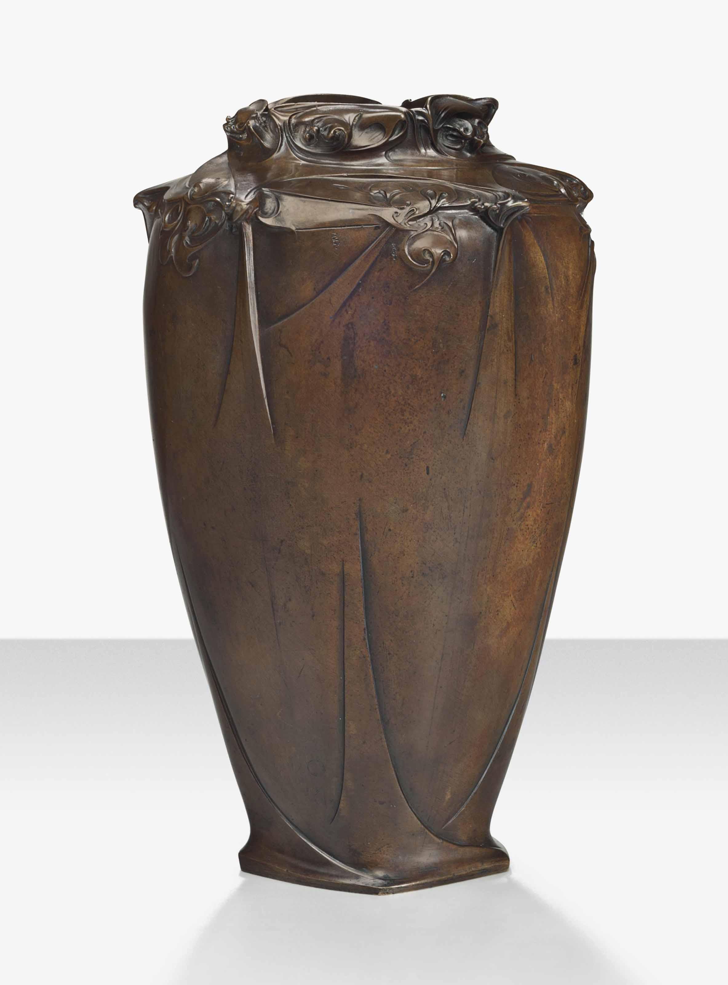 HECTOR GUIMARD (1867-1942)