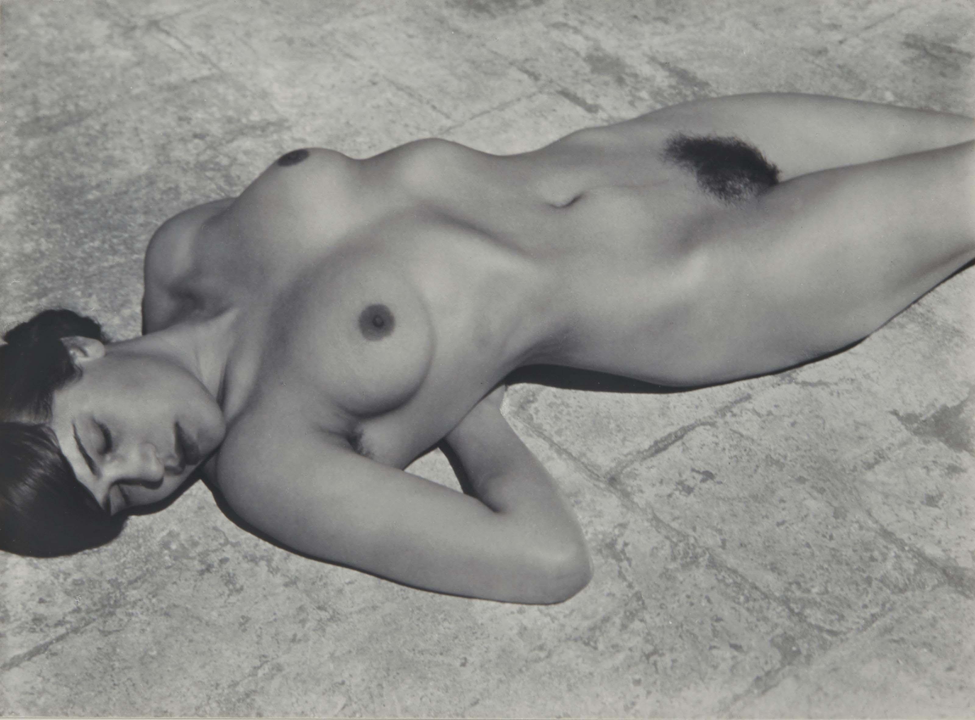 Tina, 1923