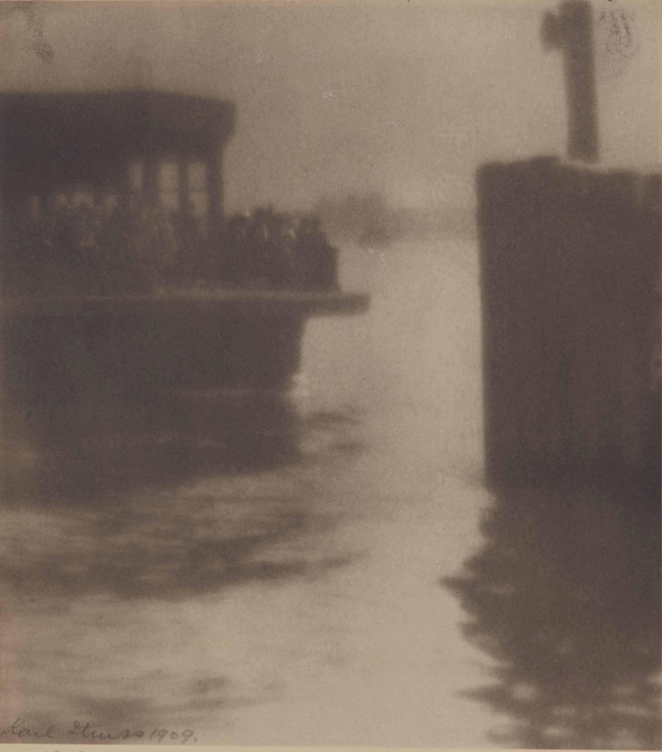 Ferryboat landing East River, New York, 1909