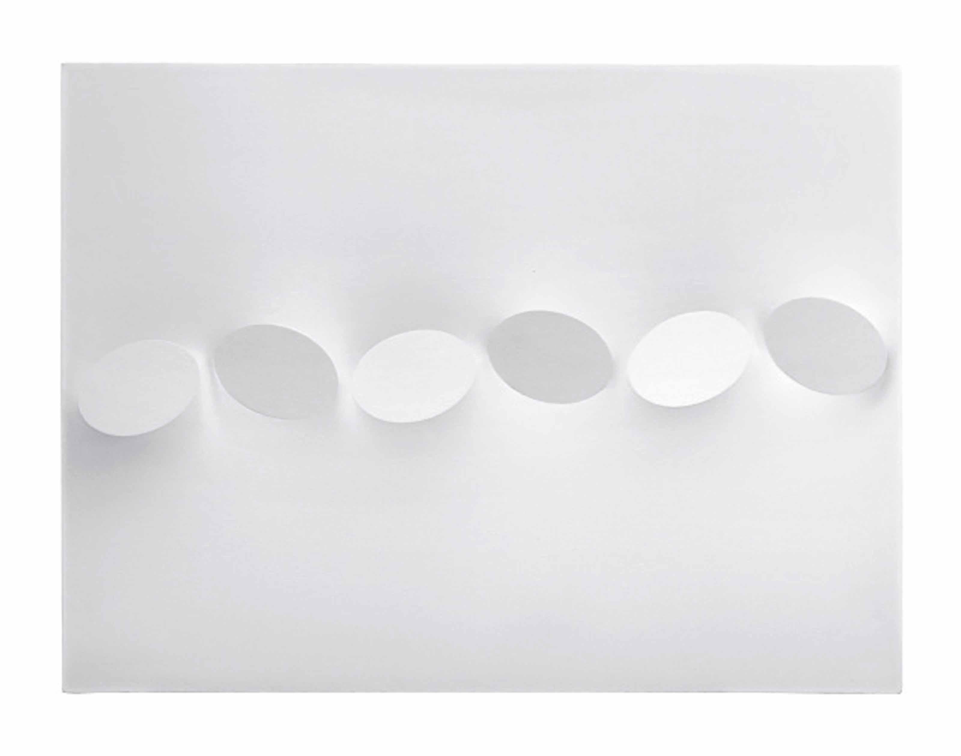 Sei ovali in bianco (Six Ovals in White)