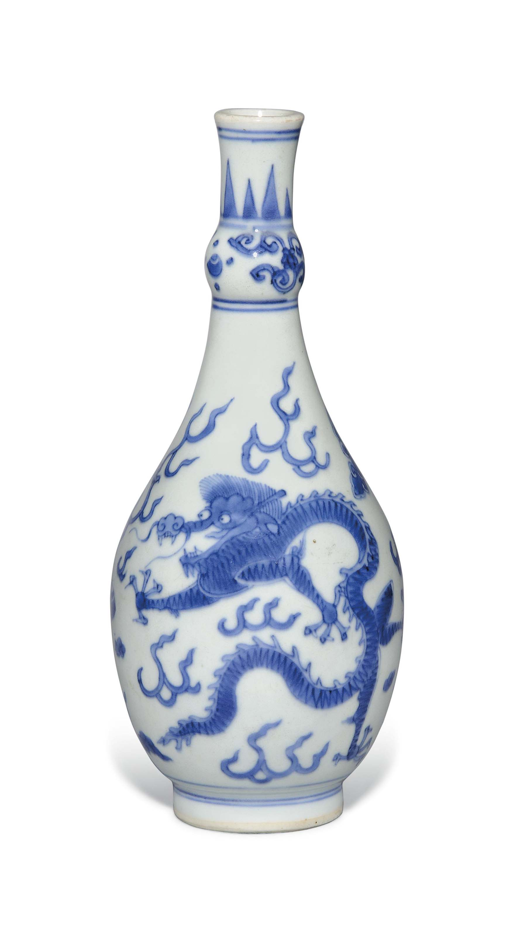 A BLUE AND WHITE 'DRAGON' VASE