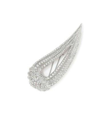 A DIAMOND-SET BROOCH, BY CHATI