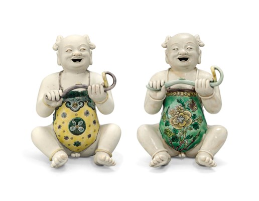 TWO CHINESE KANGXI-STYLE FAMIL