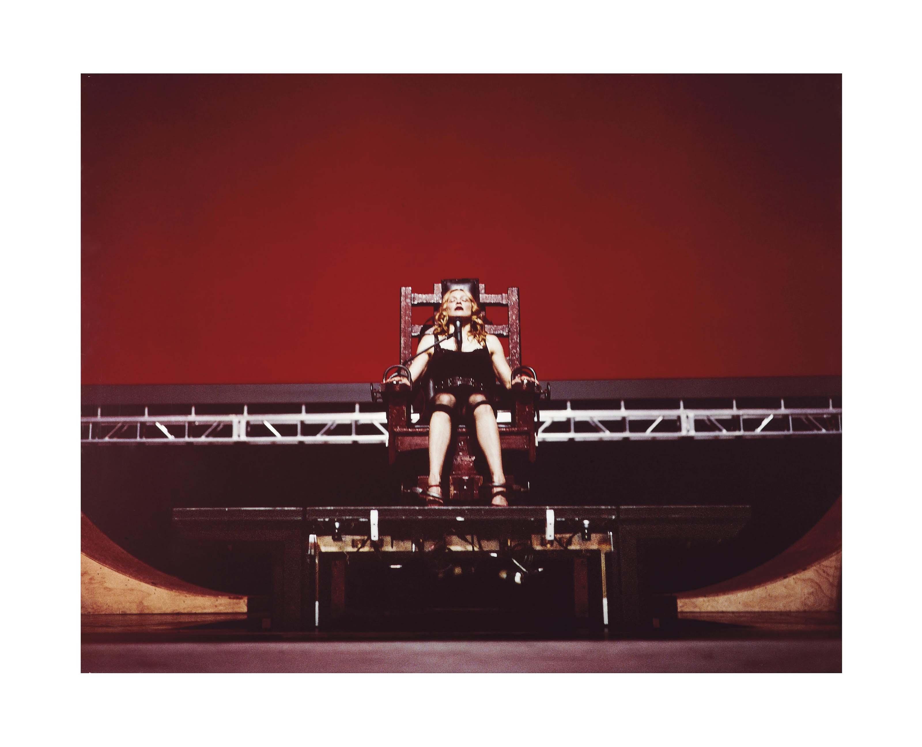 MADONNA, RE-INVENTION TOUR, 2004