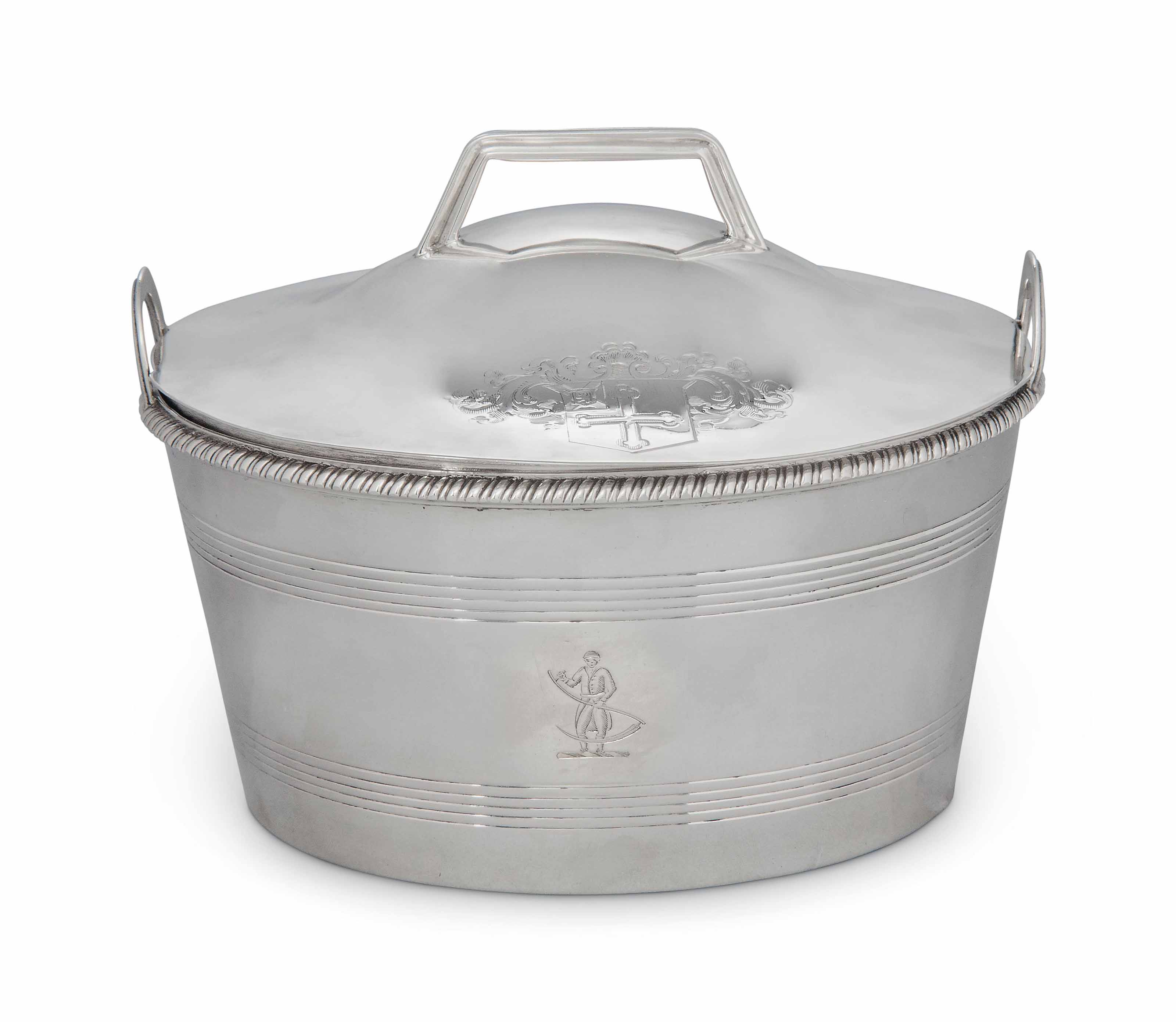 A GEORGE III SILVER BUTTER DISH IN THE FORM OF A CHURN