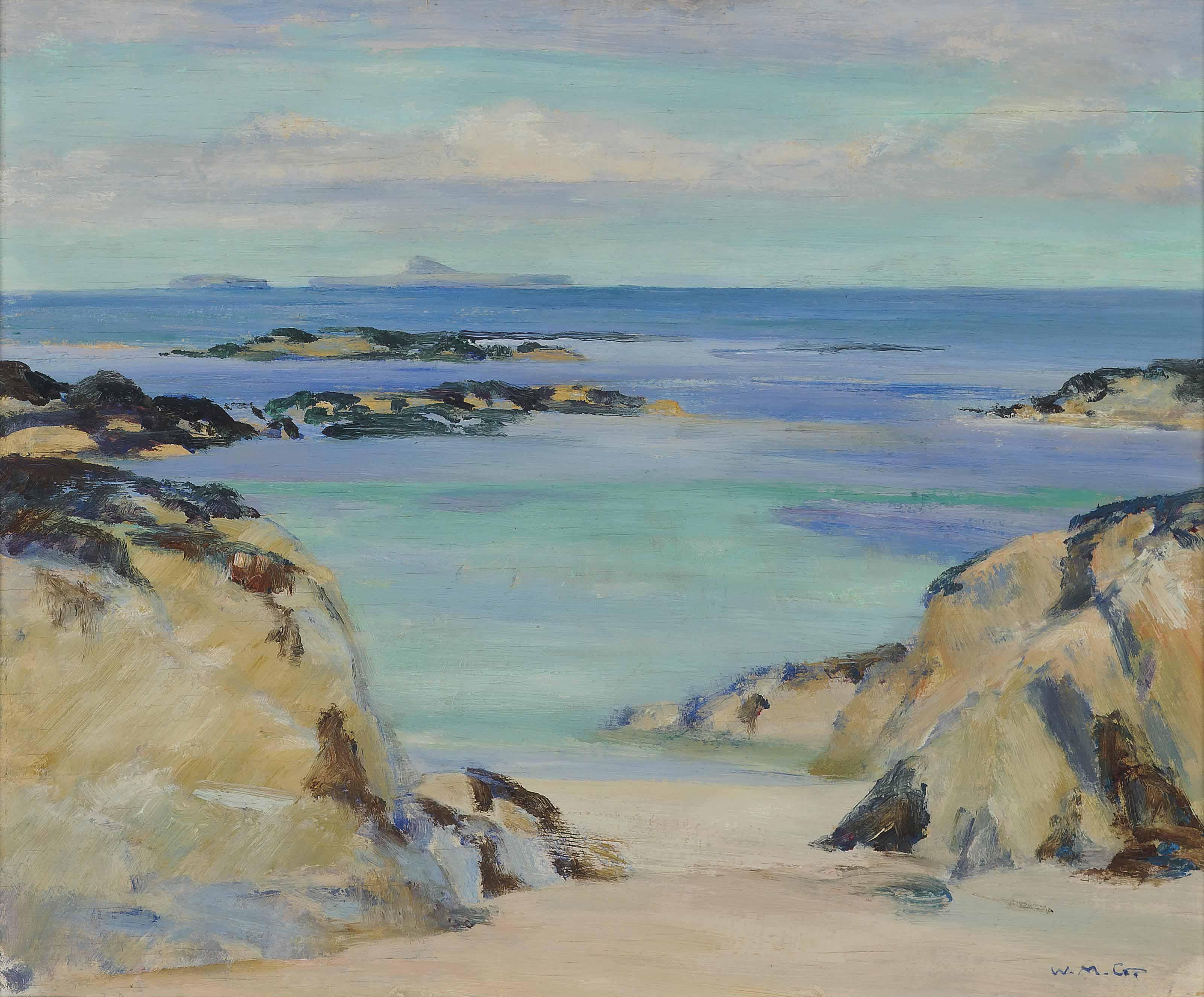 Towards Dutchman's Cap, Iona