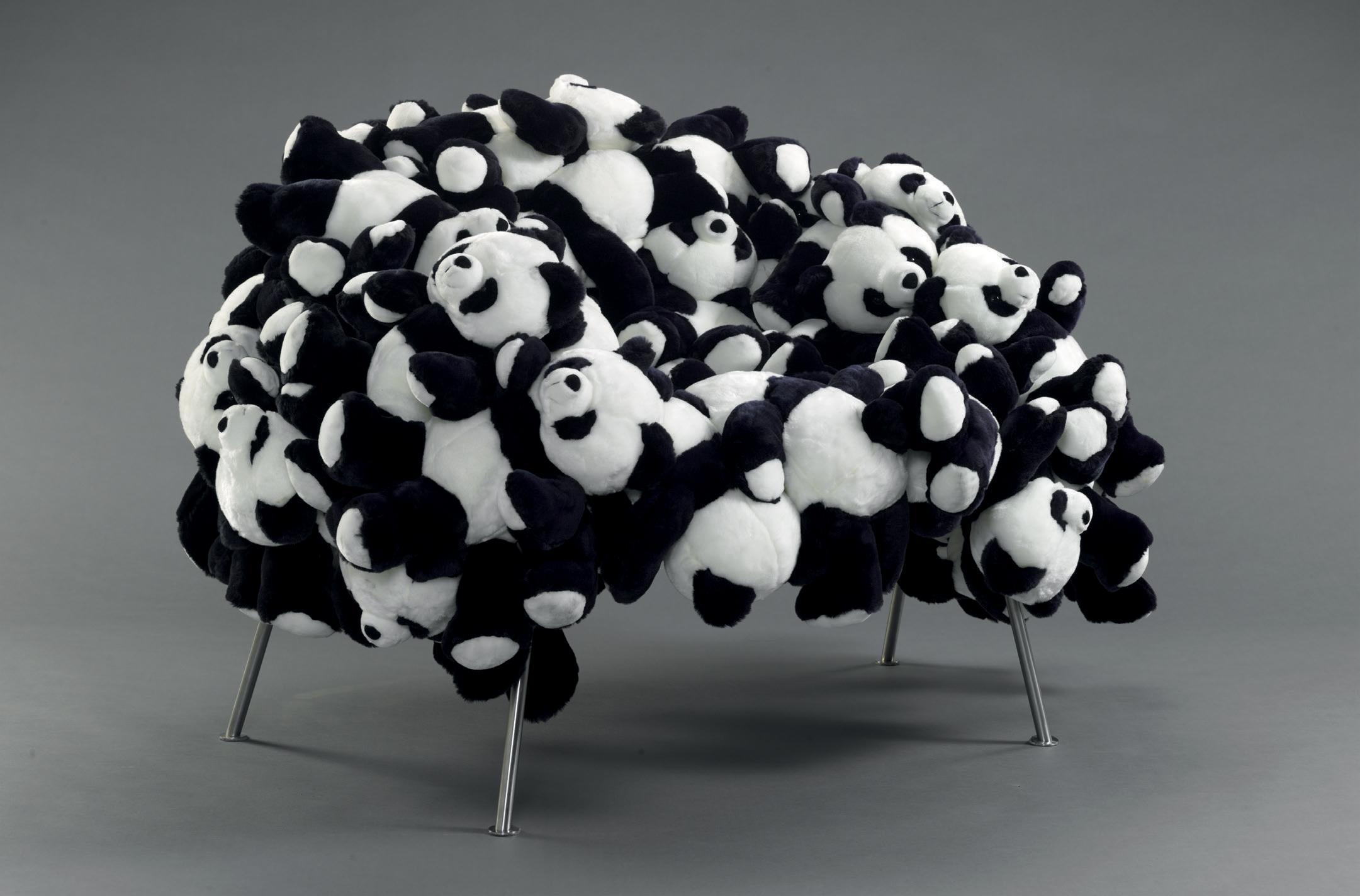 Panda Banquete Chair