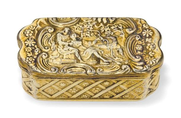 A DUTCH SILVER-GILT SNUFF BOX