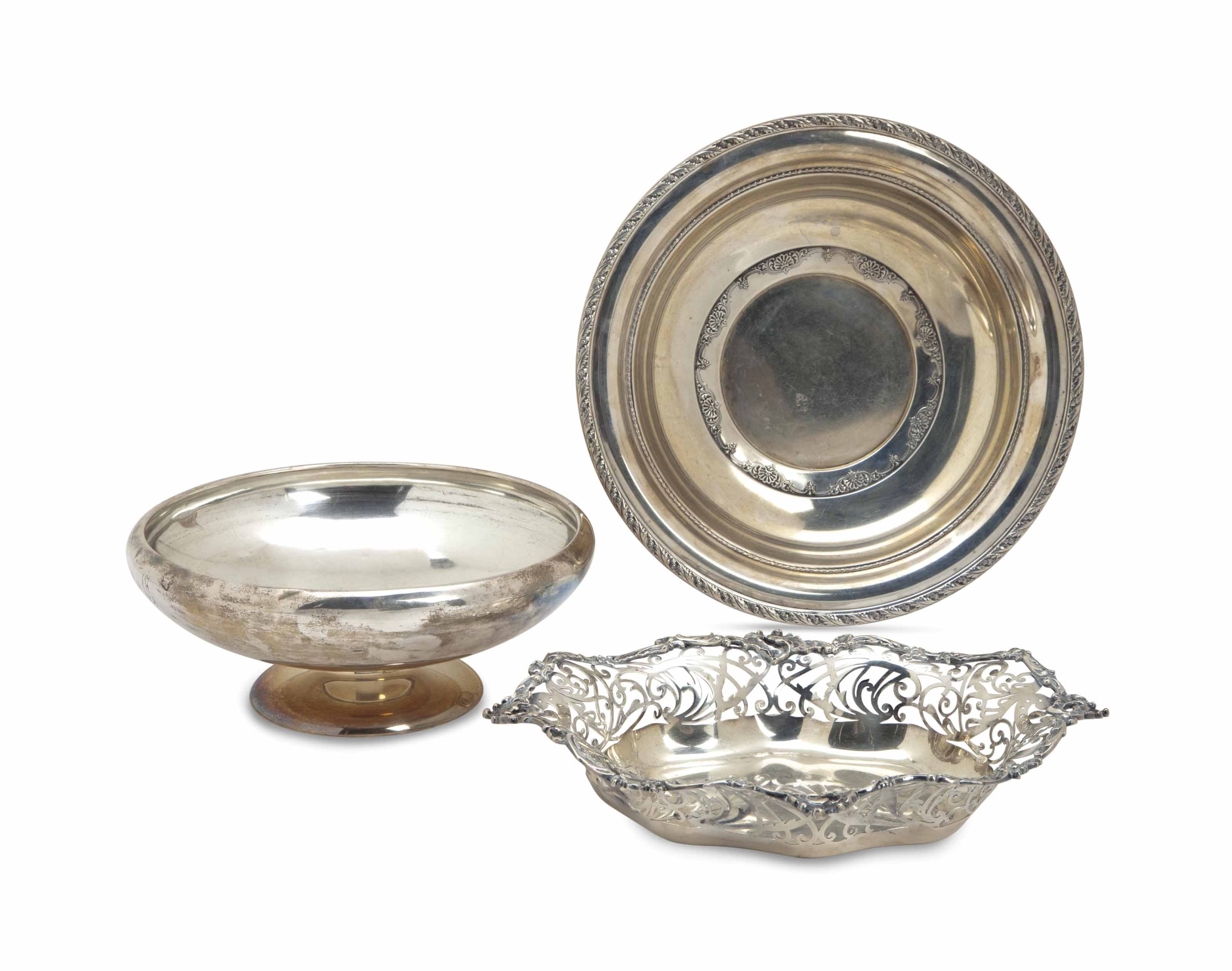 A GROUP OF AMERICAN SILVER TABLE ACCESSORIES,