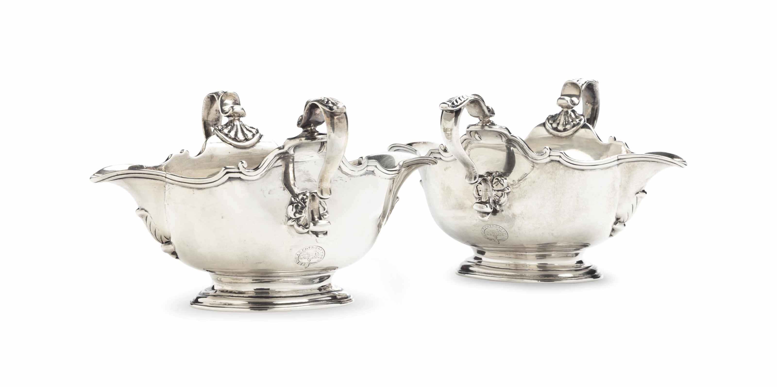 A PAIR OF DOUBLE-LIPPED SILVER SAUCEBOATS