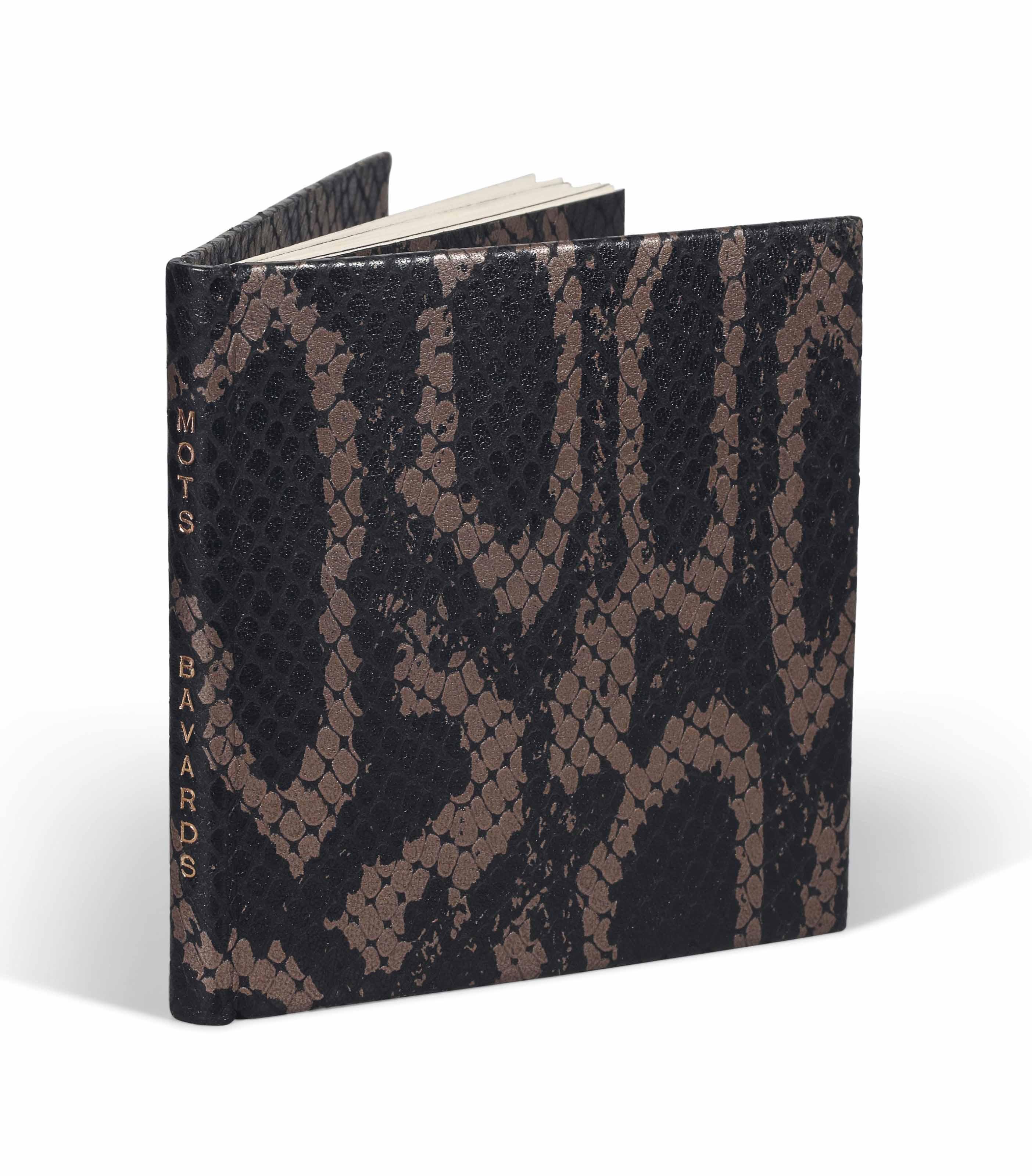 [ALECHINSKY] – Camille BRYEN (1907-1977, Camille Briand, dit). Mots bavards. [Alès] : PAB, [1984]. In-16 carré (92 x 90 mm). 3 gravures originales de Pierre Alechinsky, dont une signée et une ornant la couverture. Reliure signée Leroux au contreplat et datée 1986, maroquin ébène orné d'un décor de croisillons et peint à l'or imitant du cobra, dos lisse, doublure et gardes de même cuir décoré, couverture, chemise et étui assortis.
