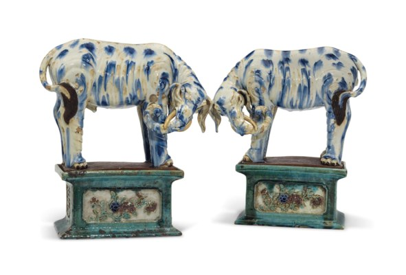 A PAIR OF LARGE CHINESE GLAZED