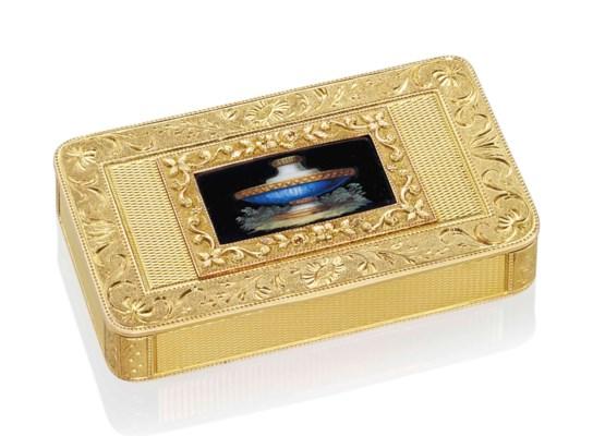 A SWISS GOLD SNUFF-BOX SET WIT