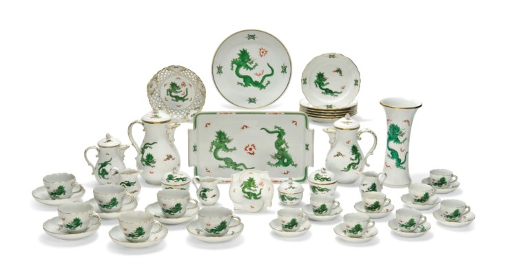 A MEISSEN GREEN 'MING DRAGON'
