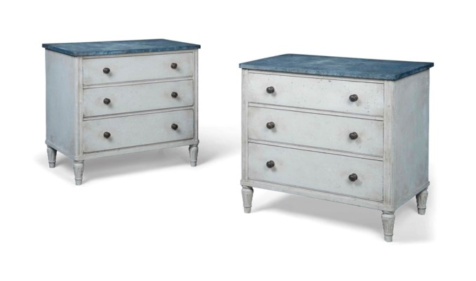 A PAIR OF CREAM-PAINTED CHESTS