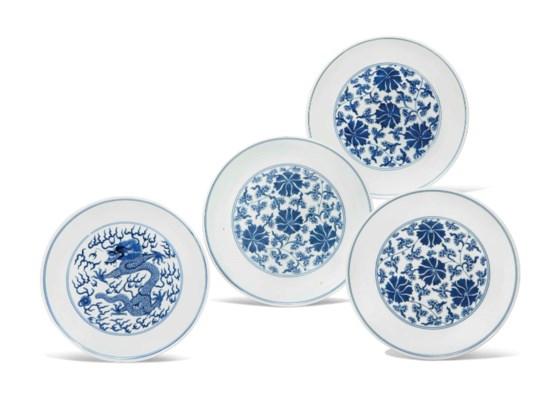 THREE BLUE AND WHITE 'LOTUS' D