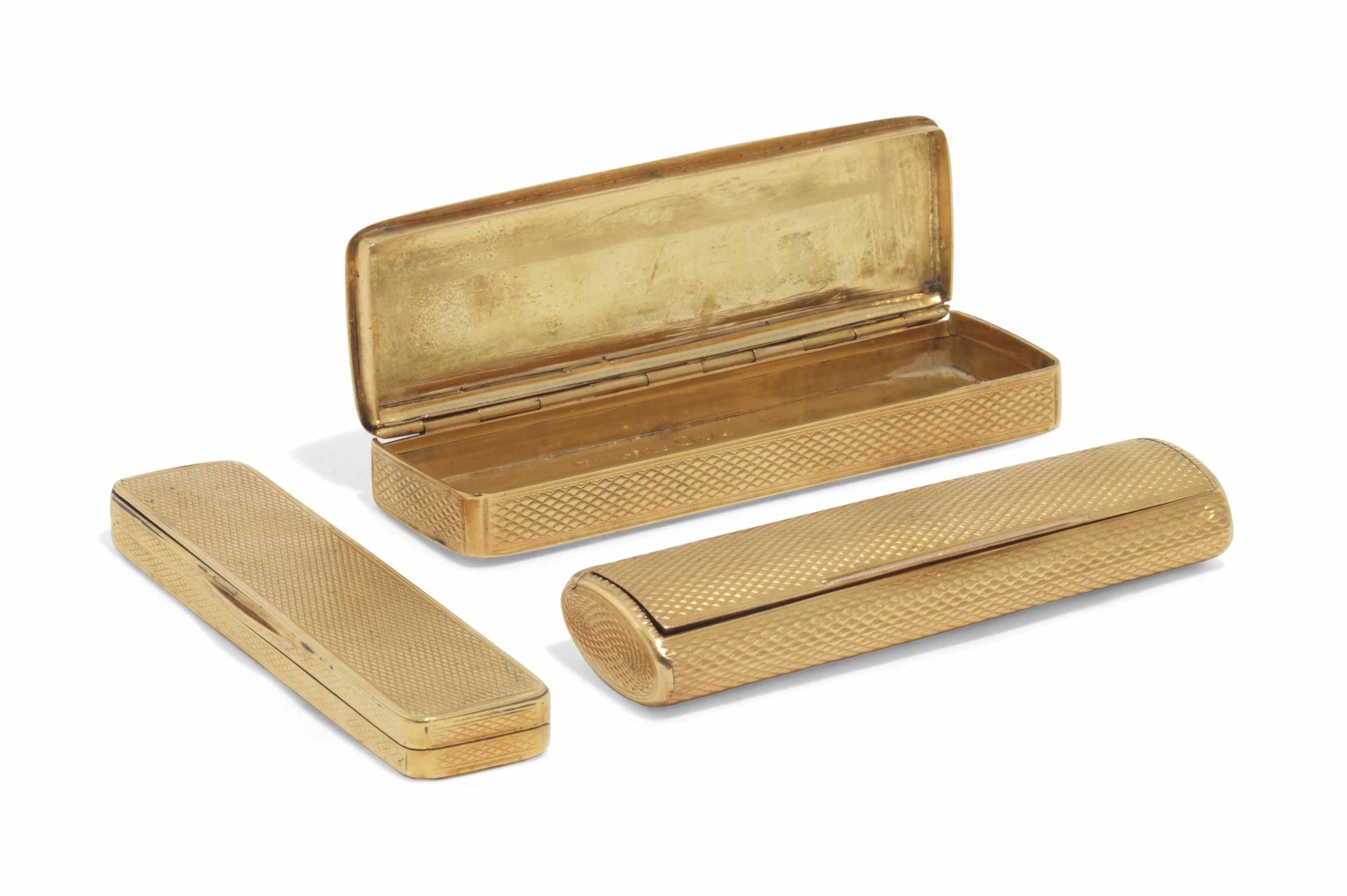 THREE 18 CARAT GOLD TOOTHPICK CASES