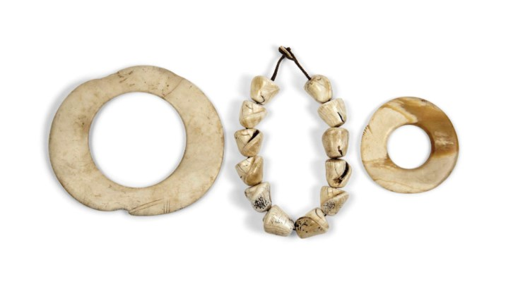 A SHELL NECKLACE