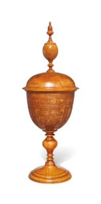 A PEARWOOD STANDING CUP