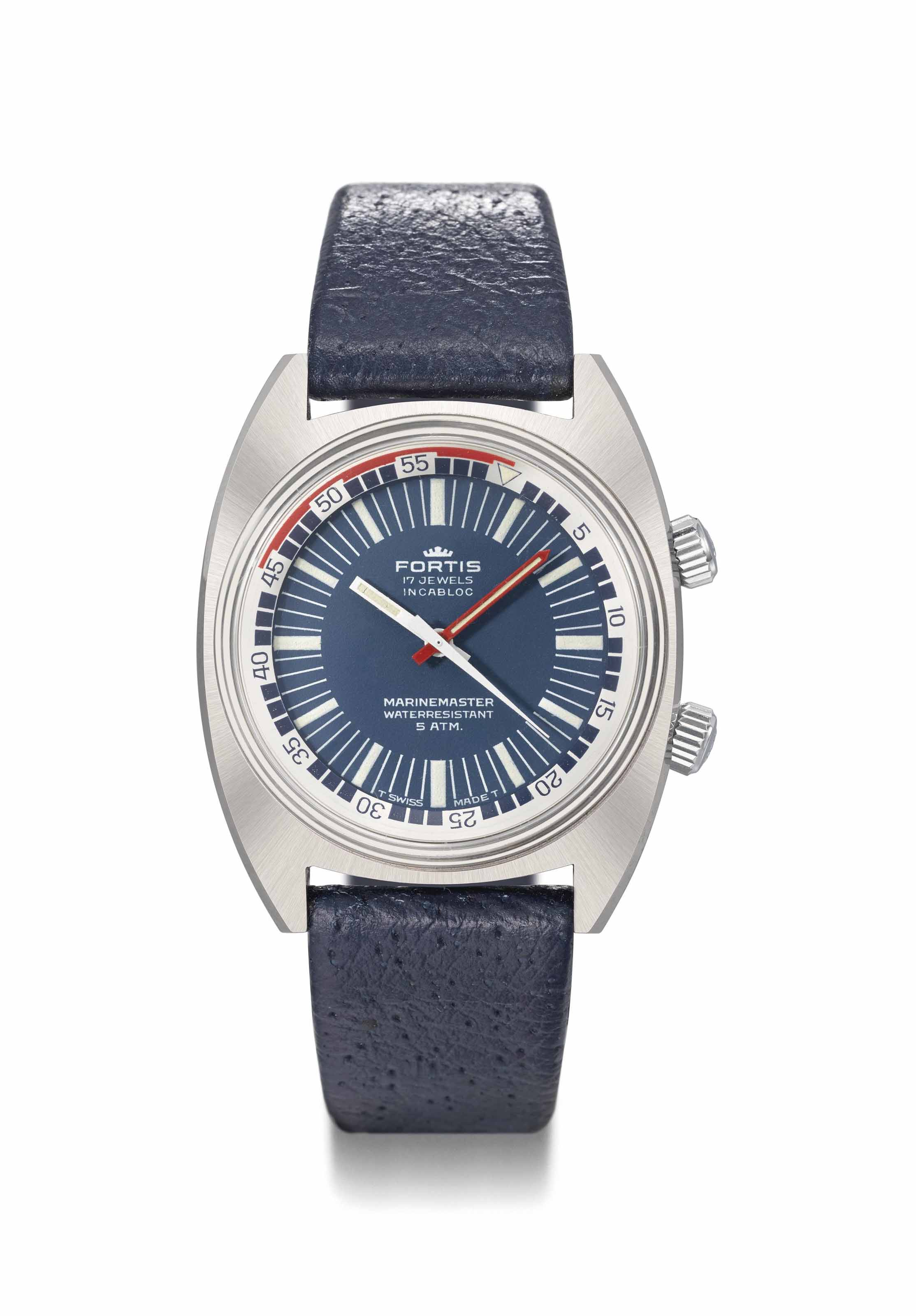 Fortis. A stainless steel diver's wristwatch with sweep centre seconds, blue dial and revolving ring