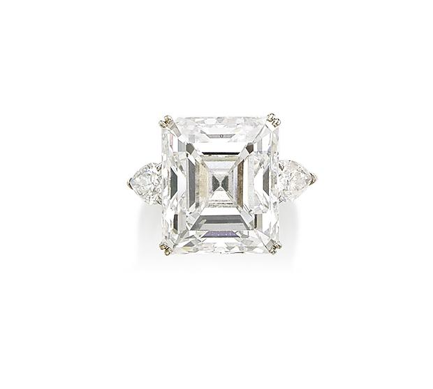 A SUPERB DIAMOND RING, BY BOUCHERON