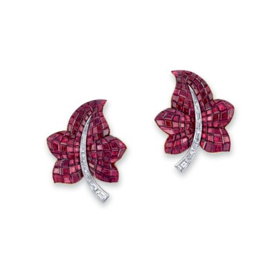 A PAIR OF 'MYSTERY-SET' RUBY A