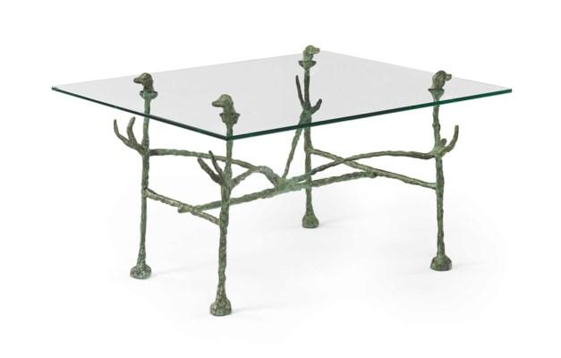 Diego Giacometti (19021985) , Table basse trapezoïdale, modèle aux têtes de  -> Stickers De Table Basse New Yort