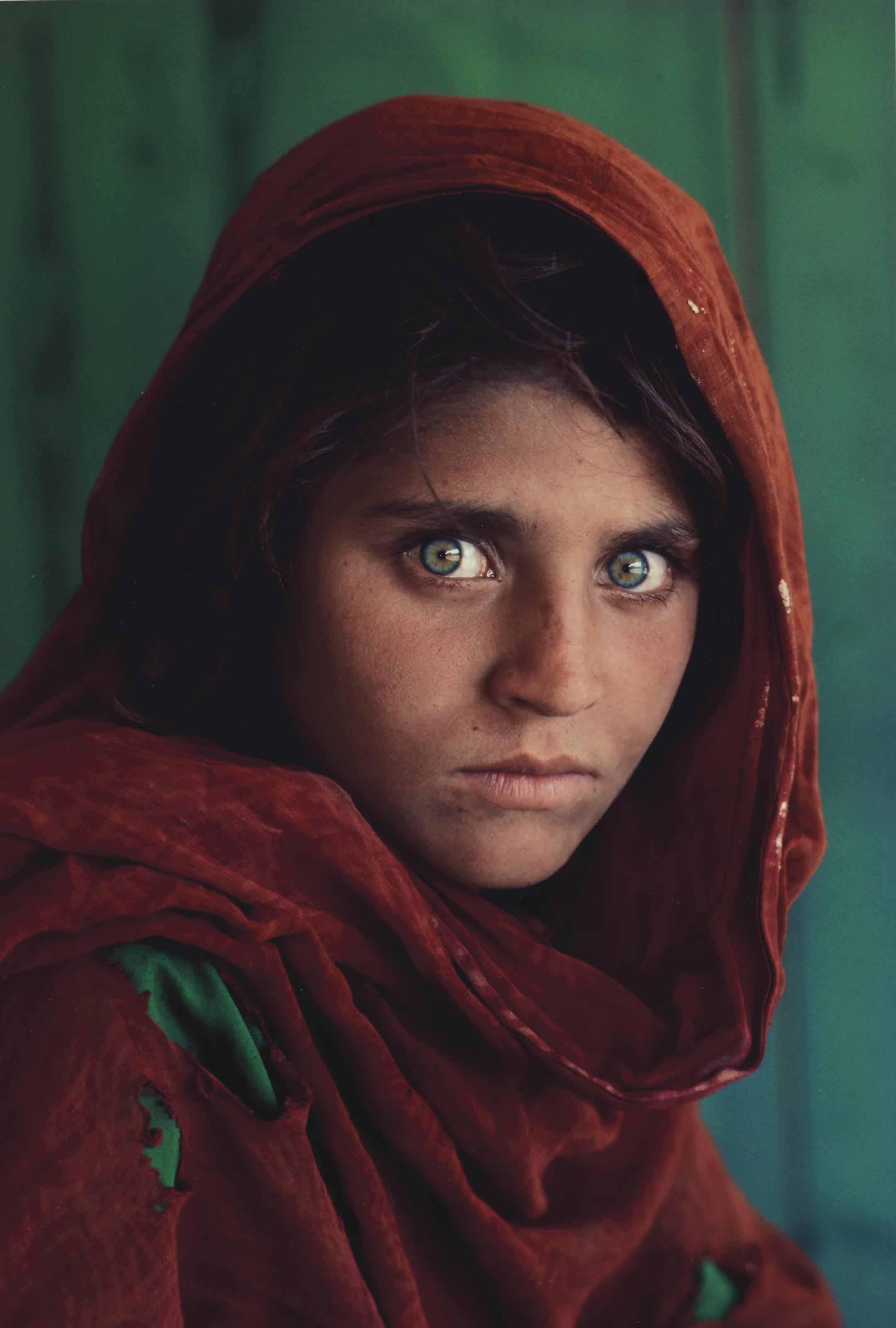 Sharbat Gula, Afghan Girl, Pakistan, 1984