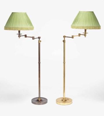 DEUX LAMPES DE LECTURE MODERNE