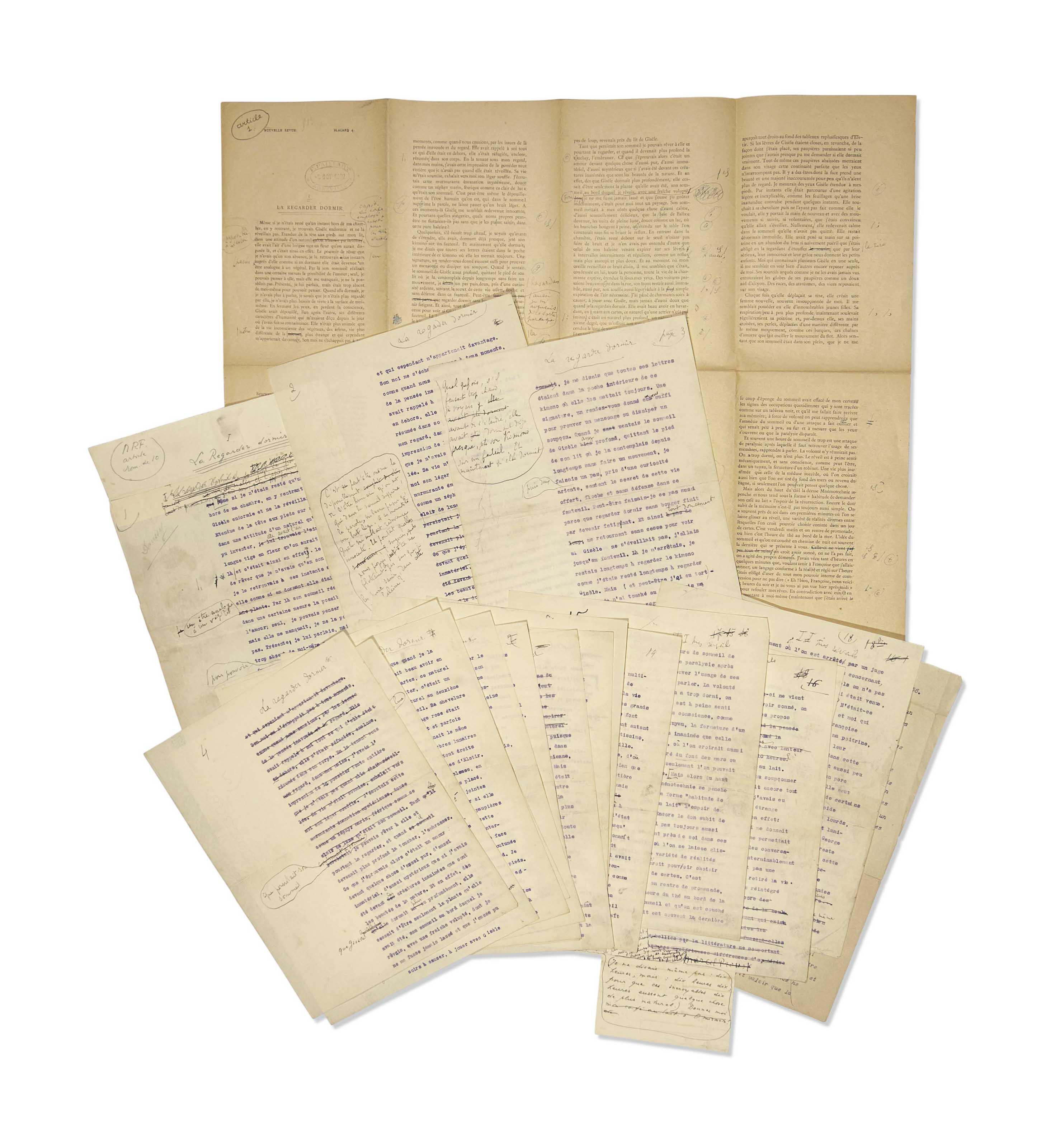 Marcel Proust (1871-1922). La Regarder dormir et Mes réveils. Tapuscrit avec nombreuses corrections autographes. [Septembre-octobre 1922] 18 feuillets in-4 (268 x 210 mm). Deux paperoles (sur le premier et le seizième feuillet). Signature autographe biffée en bas du seizième feuillet. (Quelques taches.)