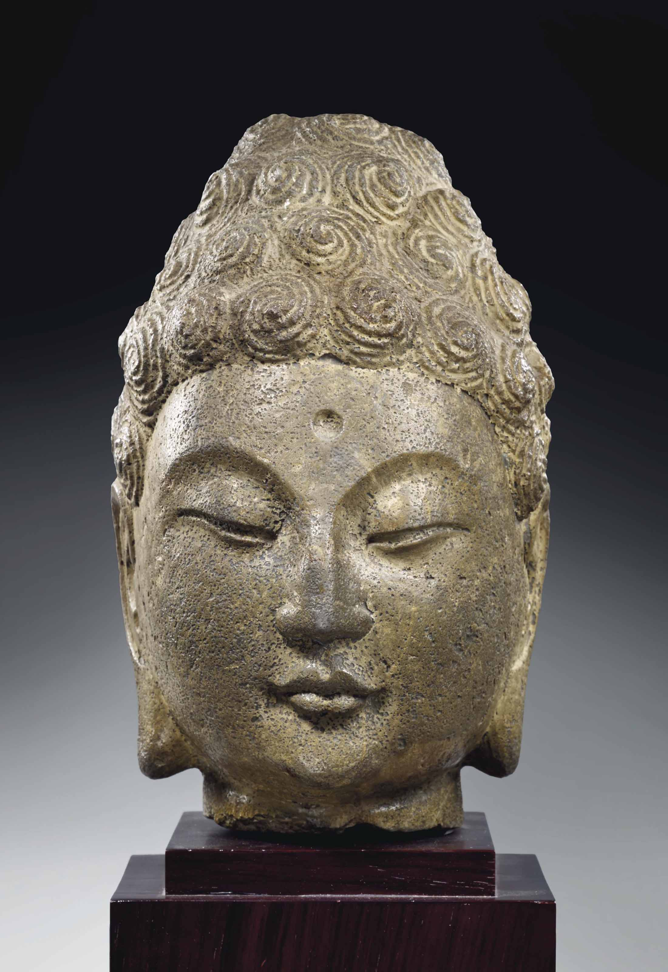 tete de bouddha shakyamuni en marbre chine dynastie sui 581 618 christie 39 s. Black Bedroom Furniture Sets. Home Design Ideas