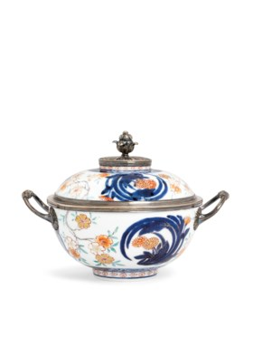 A LOUIS XV SILVER-MOUNTED IMARI ECUELLE AND COVER