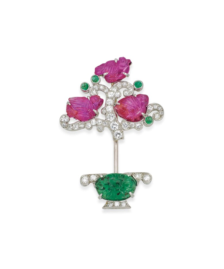 An Art Deco Tutti Frutti jabot pin, by Cartier, circa 1925. Sold for £40,000 on 13 June 2017  at Christie's in London