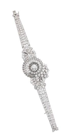 A DIAMOND WRISTWATCH